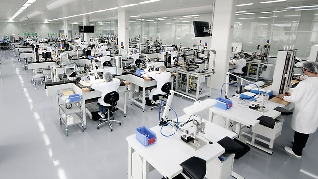 omega-co-axial-assembly-room
